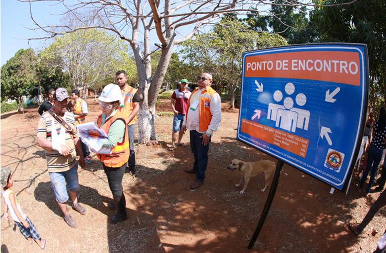 Rota de fuga, em caso de rompimento da barragem, é sinalizada - Crédito: Clóvis Neto/PMC