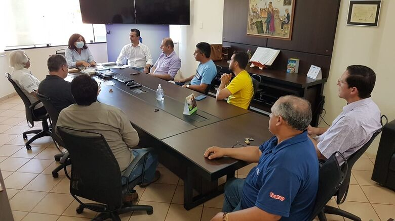 Délia recebe comerciantes, mantém decreto, mas não descarta flexibilização - Crédito: Marcos Pierry