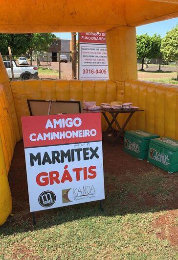 Em Dourados, restaurante distribui marmitas a caminhoneiros em meio a crise de Coronavírus -