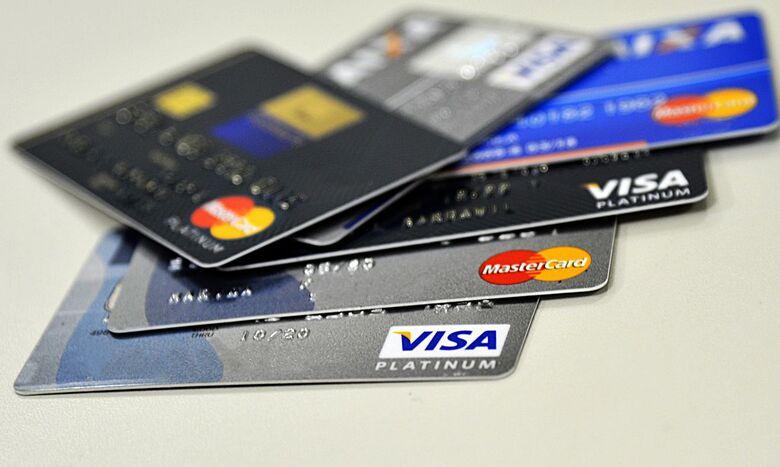 Percentual de famílias com dívidas atinge recorde em março - Crédito: Marcello Casal Jr./Agência Brasil