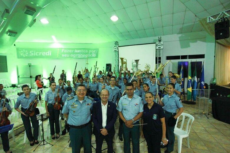 Barbosinha diz que Assembleia resgata direitos de Oficial Músico na Polícia Militar -