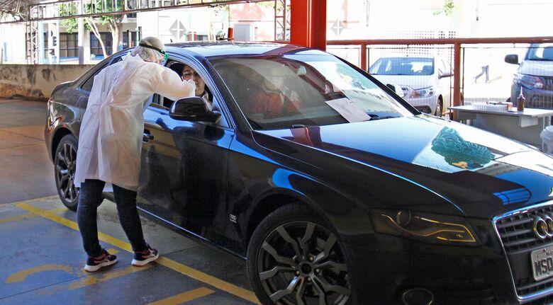 Testagem de Covid-19 por drive thru será ampliada em Dourados -