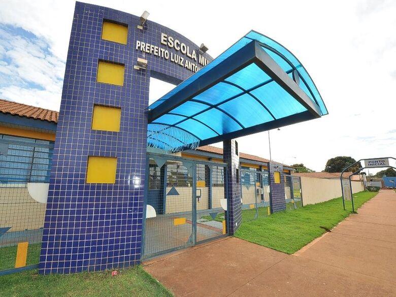 Aulas não presenciais serão retomadas na próxima semana em Dourados - Crédito: A. Frota