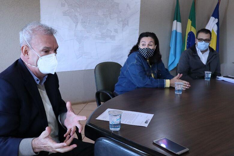 Em agenda com Geraldo e Délia, Alan Guedes diz que só união efetiva de esforços e despolitização das ações garantirá sucesso nas medidas de contenção - Crédito: A. Frota