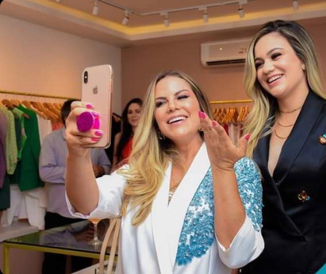 Modernas, mães tornam-se influenciadoras digitais de sucesso em Dourados -