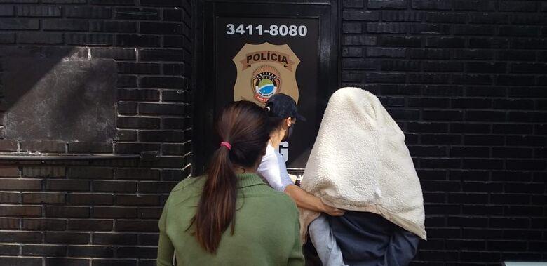 Polícia apreende menor acusado de roubar moto de entregador - Crédito: Cido Costa