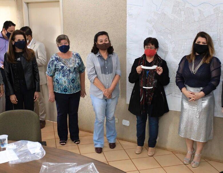 CoronaVidas Hub MS/Dourados entrega 4891 protetores faciais à Saúde -