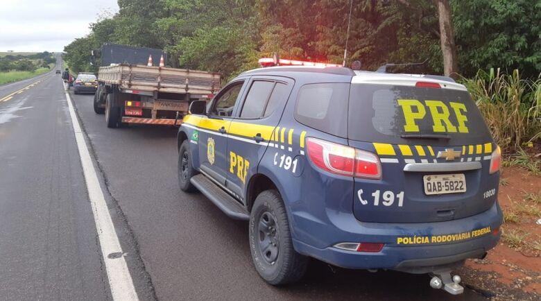 Mais de 1 tonelada de maconha é apreendida durante abordagem policial em Bataguassu -