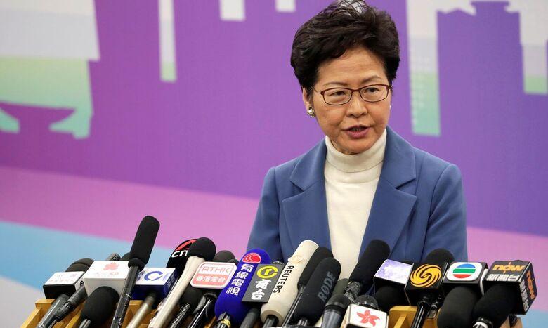 Hong Kong adia eleição por um ano após vetar candidatos opositores - Crédito: Jason Lee