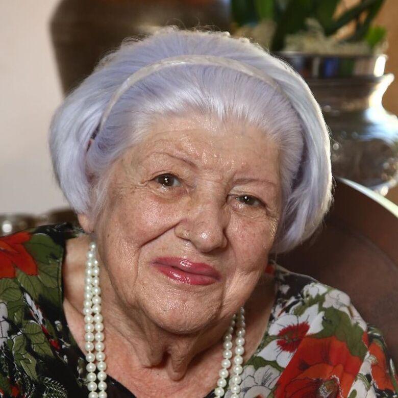 Morreu neste sábado Neuza Carvalho do Amaral, pioneira em Dourados -