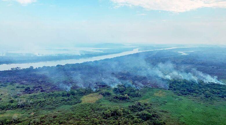 Com incêndio se propagando no Pantanal, tempo seco será crítico até setembro -