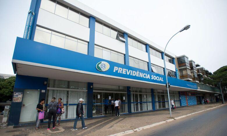 Prova de vida de aposentados e pensionistas é suspensa até setembro - Crédito: Marcelo Camargo/Agência Brasil
