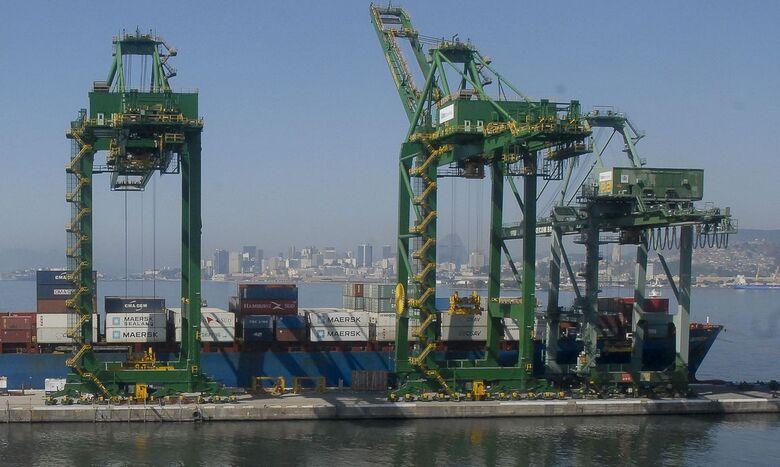 Queda das importações faz balança comercial bater recorde em junho - Crédito: Tânia Rêgo/Arquivo/Agência Brasil