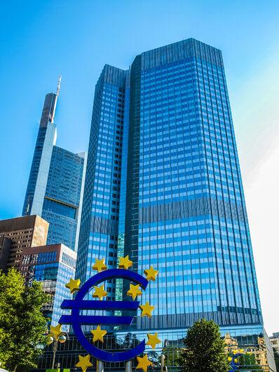 BCE dá pausa na política monetária mesmo com preocupações com pandemia -