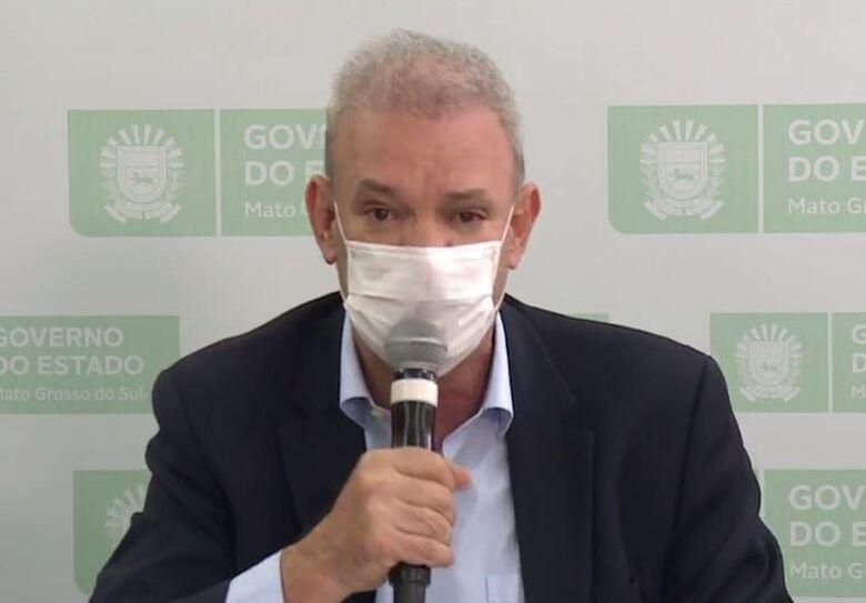 Secretário estadual de Saúde de MS, Geraldo Resende, se emocionou ao falar das mortes por covid-19 no estado - Crédito: Reprodução/G1 MS