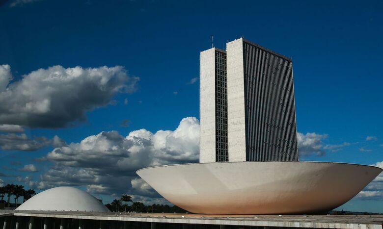 Câmara pode votar hoje proposta que adia eleições deste ano - Crédito: Marcello Casal Jr./Agência Brasil