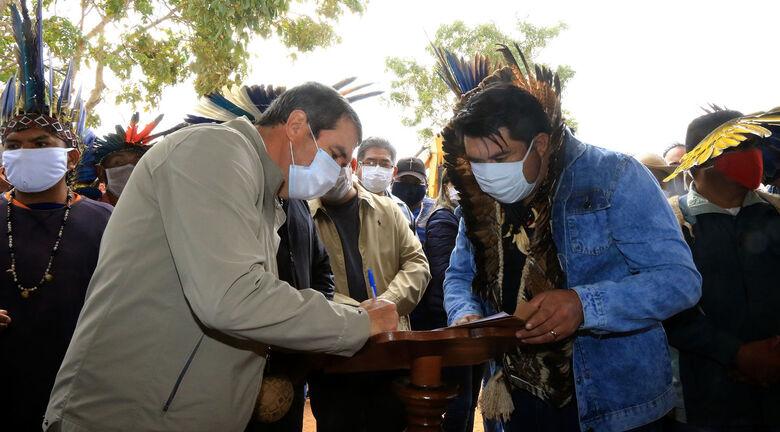Povo terena da Terra Indígena Taunay-Ipegue conquista asfalto após 40 anos de luta - Crédito: Edemir Rodrigues