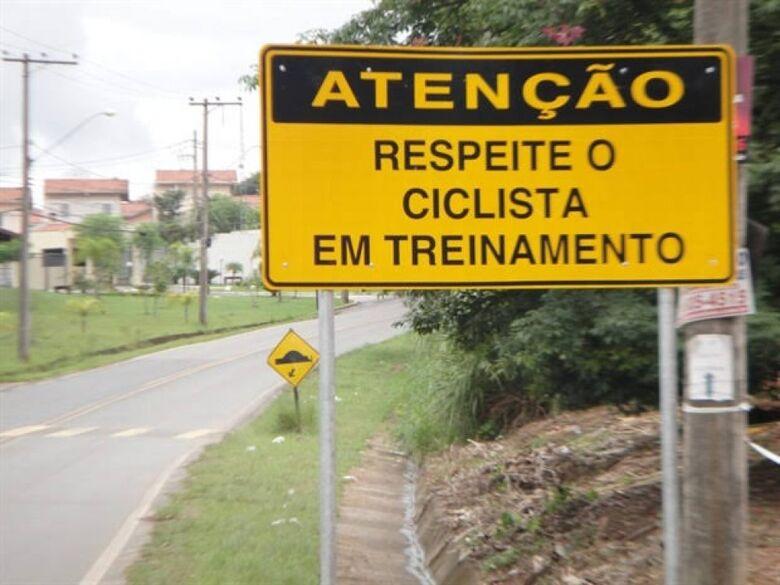 Bebeto pede sinalização alertando ciclistas na Avenida Guaicurus -