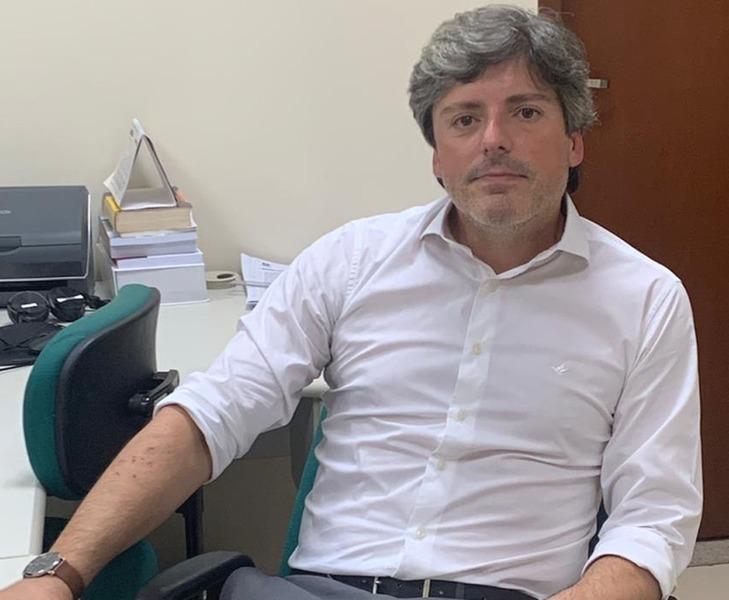Dr. Eduardo Floriano Almeida, Juiz da Vara da Infância e Juventude -