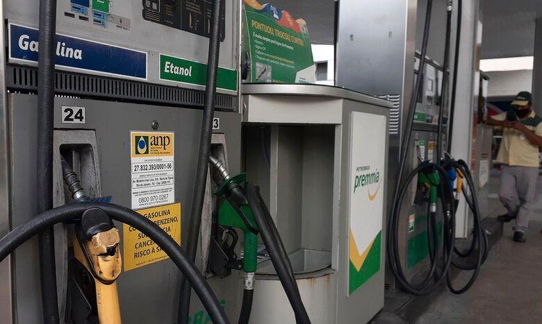 Postos já podem vender gasolina com novo padrão - Crédito: Fernando Frazão/Agência Brasil