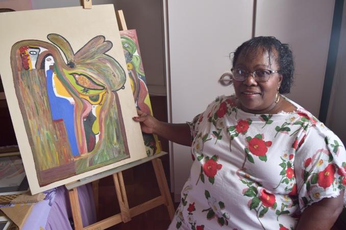 Aurinda se encontrou na arte e saiu da depressão - Crédito: Cláudio César/Itaporã News