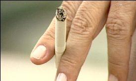 Projeto prevê descarte adequado para filtros e embalagens de cigarro - Crédito: Agência Câmara