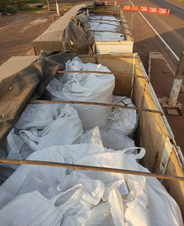 A carga saiu de Sete Quedas com destino ao Estado de Rondônia - Crédito: Divulgação/PMA