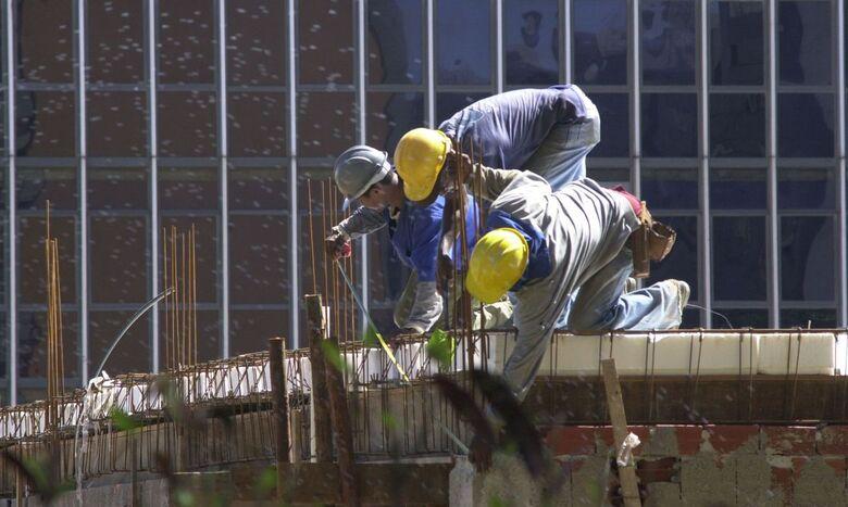 Emprego na construção é o maior para setembro nos últimos oito anos - Crédito: Arquivo/Agência Brasil