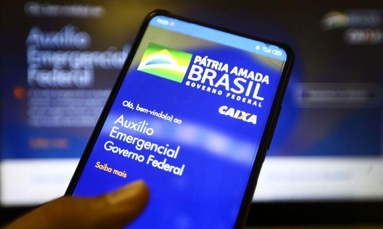 Caixa libera o auxílio emergencial para nascidos em abril - Crédito: Marcelo Camargo/Agência Brasil