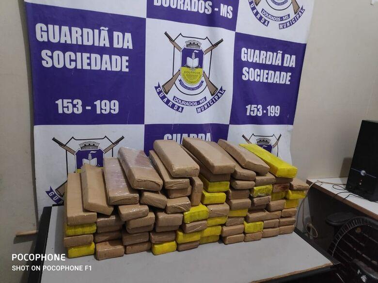 Casal do Tráfico é preso com grande quantidade de maconha em Dourados - Crédito: Foto: Divulgação
