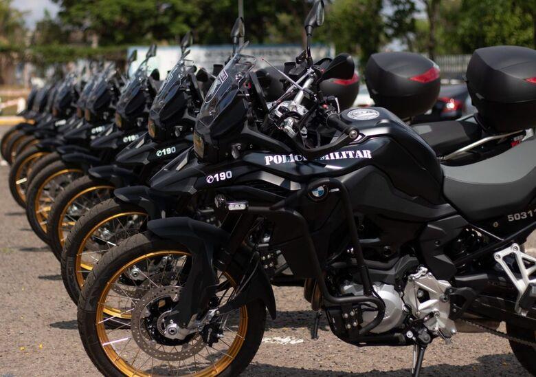 Governo do Estado entrega novas motocicletas à Polícia Militar -