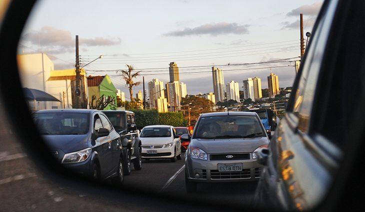 Últimos dias para pagar licenciamento de veículos com placas final zero - Crédito: Arquivo