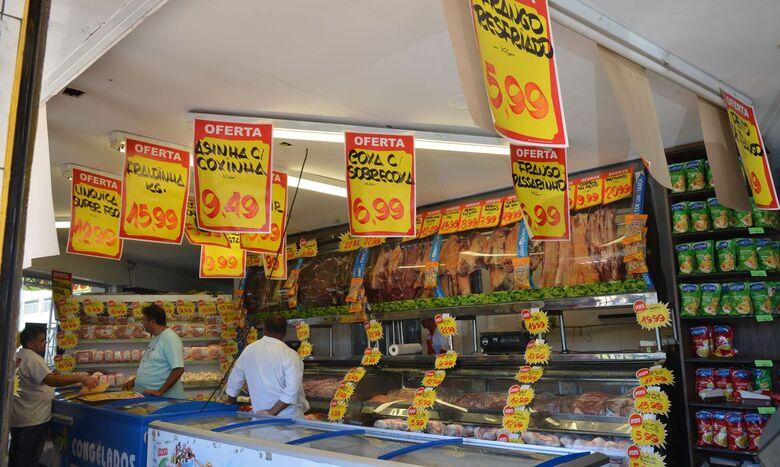 Brasileiros acreditam em inflação de 4,8% nos próximos 12 meses - Crédito: Antonio Cruz/Agência Braisl
