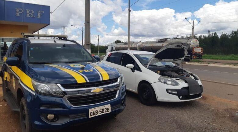 PRF recupera em Três Lagoas veículo roubado há cinco anos -