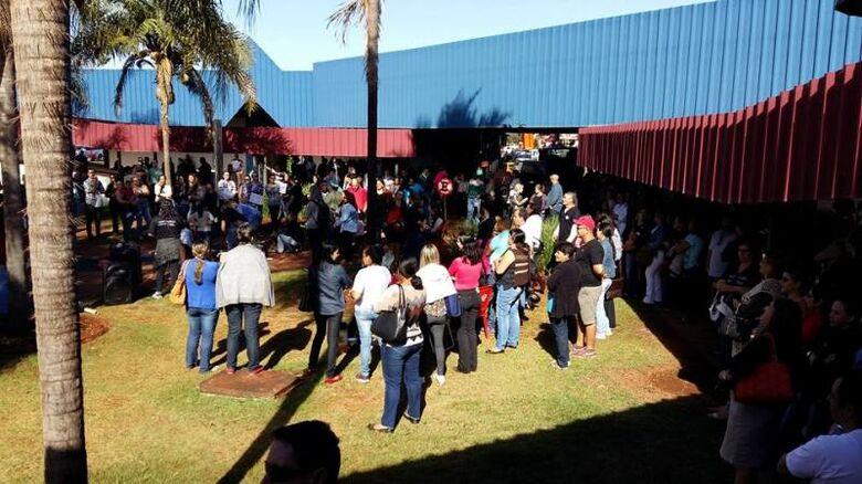 Trabalhadores se reunirão no CAM - Crédito: Divulgação/Arquivo/Sindenf
