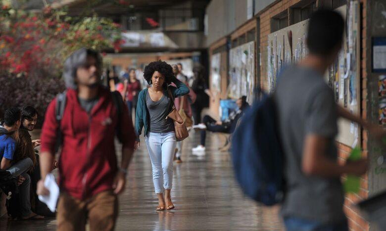 Cresce total de negros em universidades, mas acesso é desigual - Crédito: Marcello Casal Jr./Agência Brasil