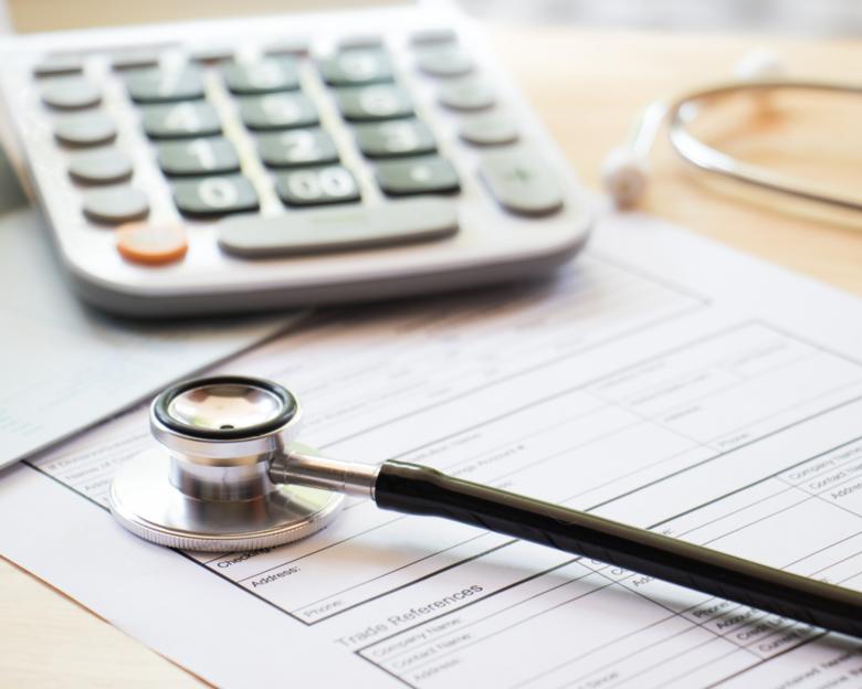 Plano de saúde deve comunicar pessoalmente descredenciamento de prestadores de serviços -