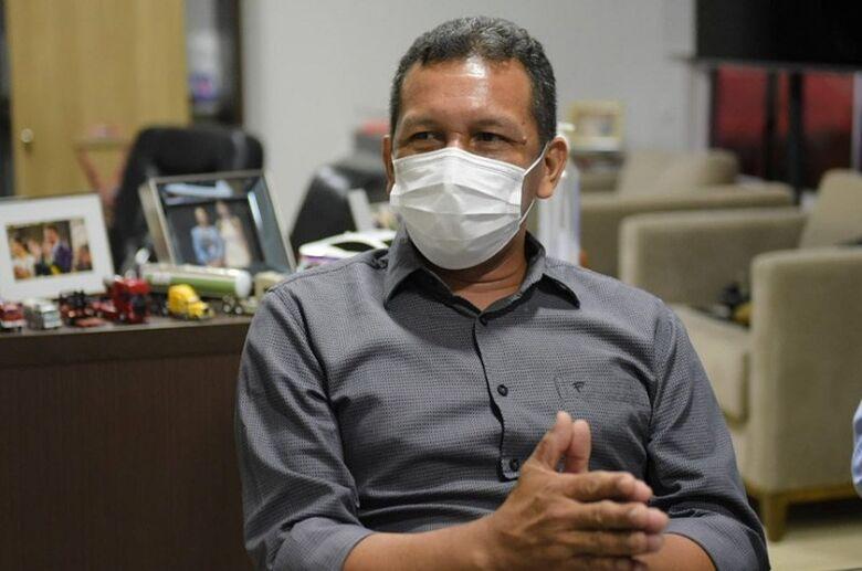 Isaac Piyako, reeleito prefeito em Marechal Thaumaturgo (AC) com 53,99% dos votos: um dos oito índios vitoriosos segundo dados preliminares do TSE - Crédito: Diego Gurgel/Secom