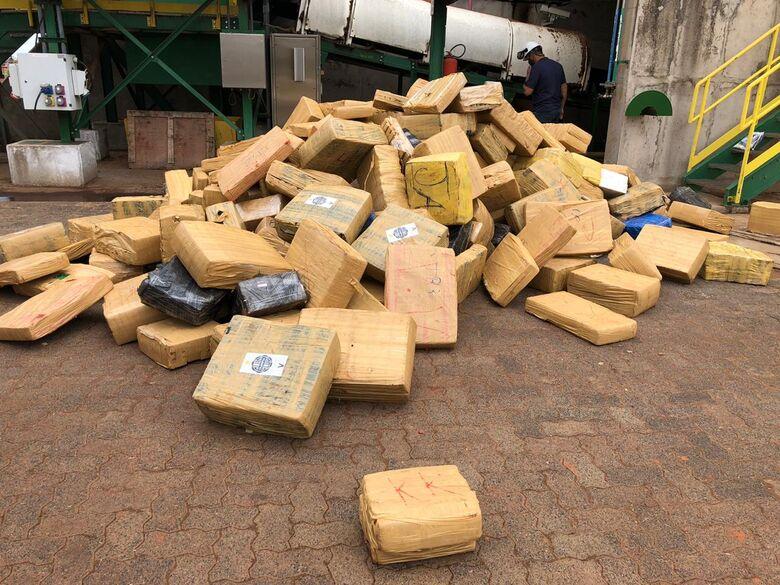 Polícia Civil incinera seis toneladas de maconha em Brasilândia -