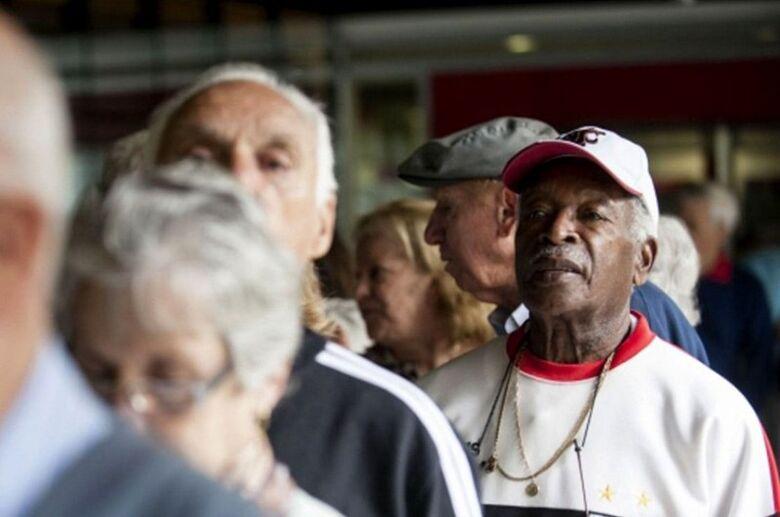 Maioria apoia 14º salário emergencial para aposentados, aponta DataSenado - Crédito: Marcelo Camargo/ABr