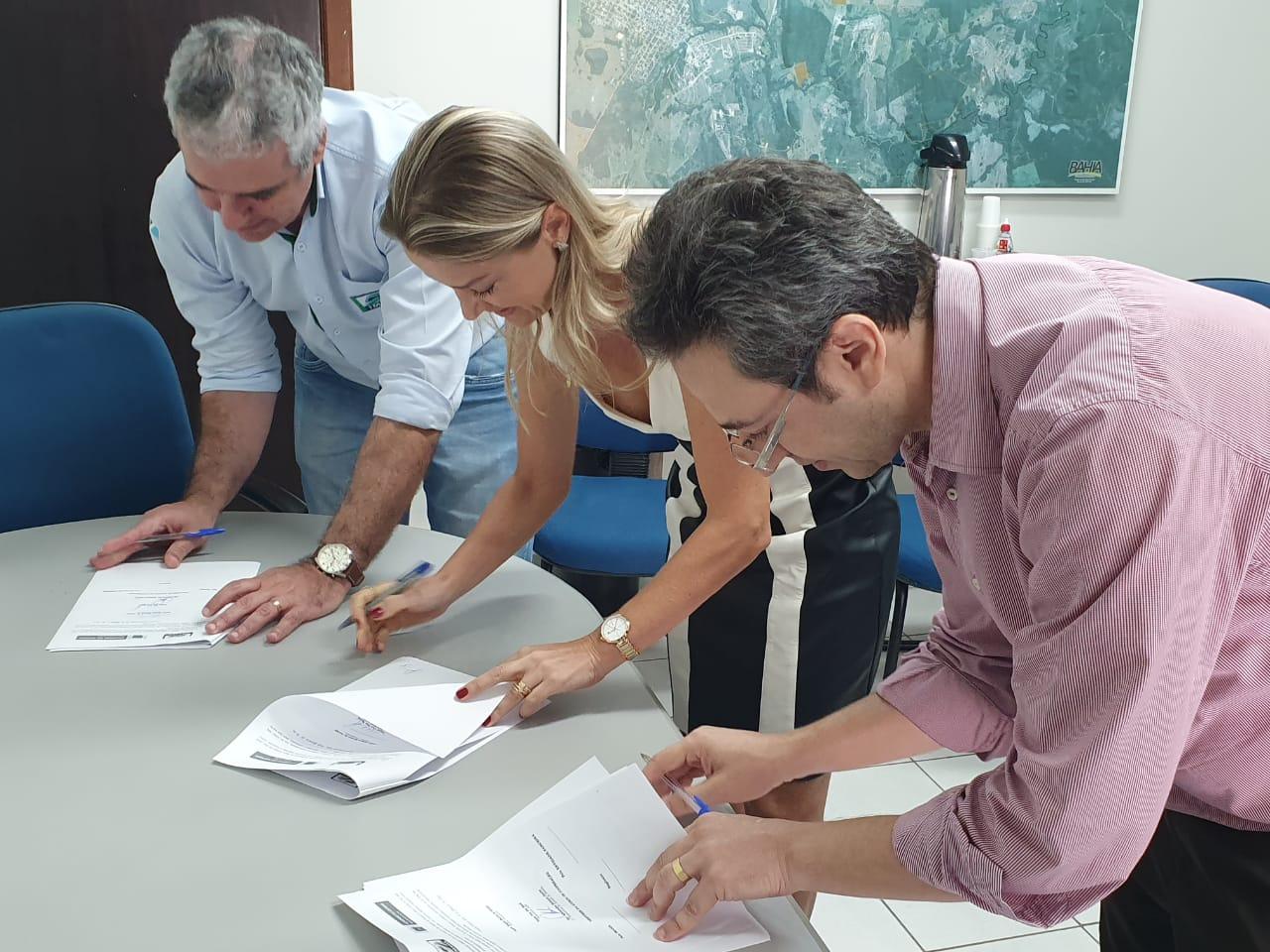 Assinatura de termo de coperação técnica